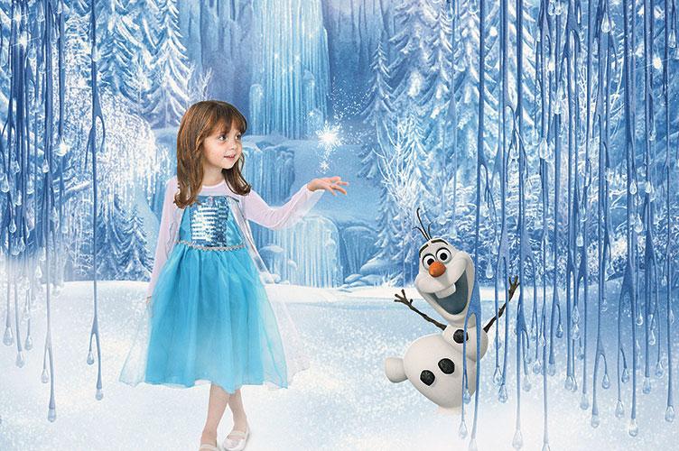 NICOLLY Garota escolheu ser a Elsa, personagem de Frozen